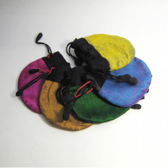Jewelery bag Jewelery bag medium size Raw silk with cotton / viscose lining, closure ribbon with hand-sewn shavings, Fairtrade from Nepal / 10-Pack